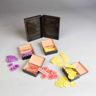 tole games box and counters for Boston Russe