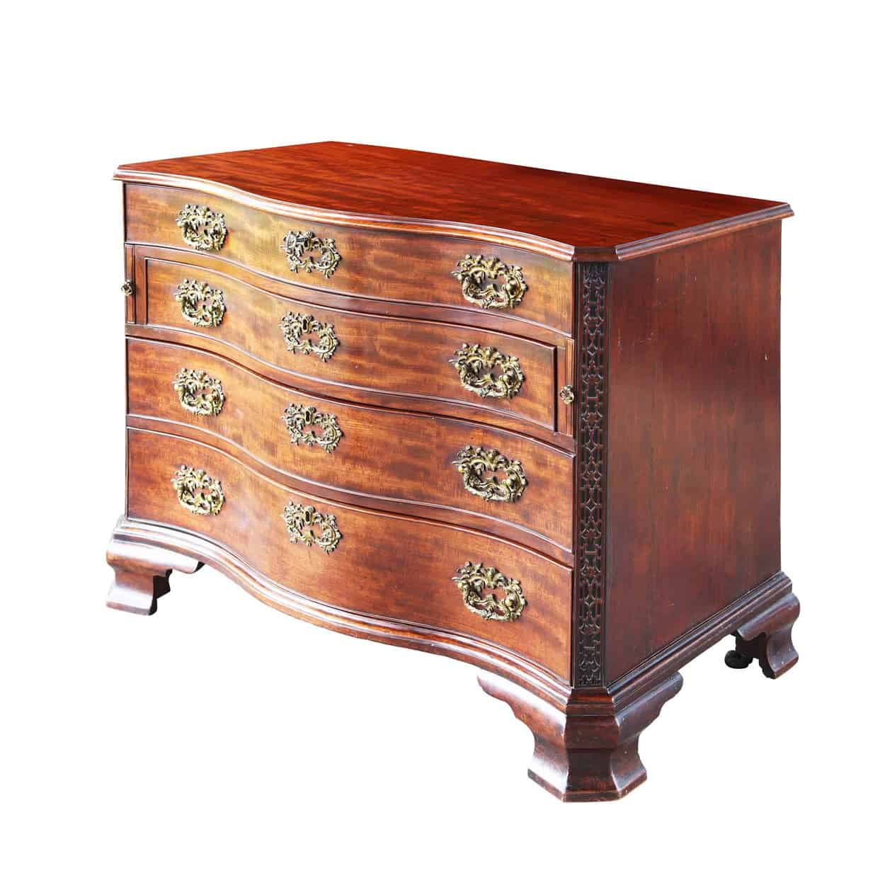 Thomas Chippendale Chest of Drawers